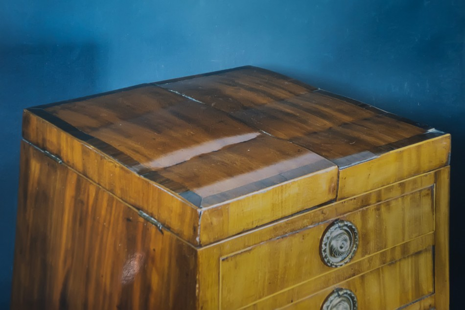 Late 18thC wash stand
